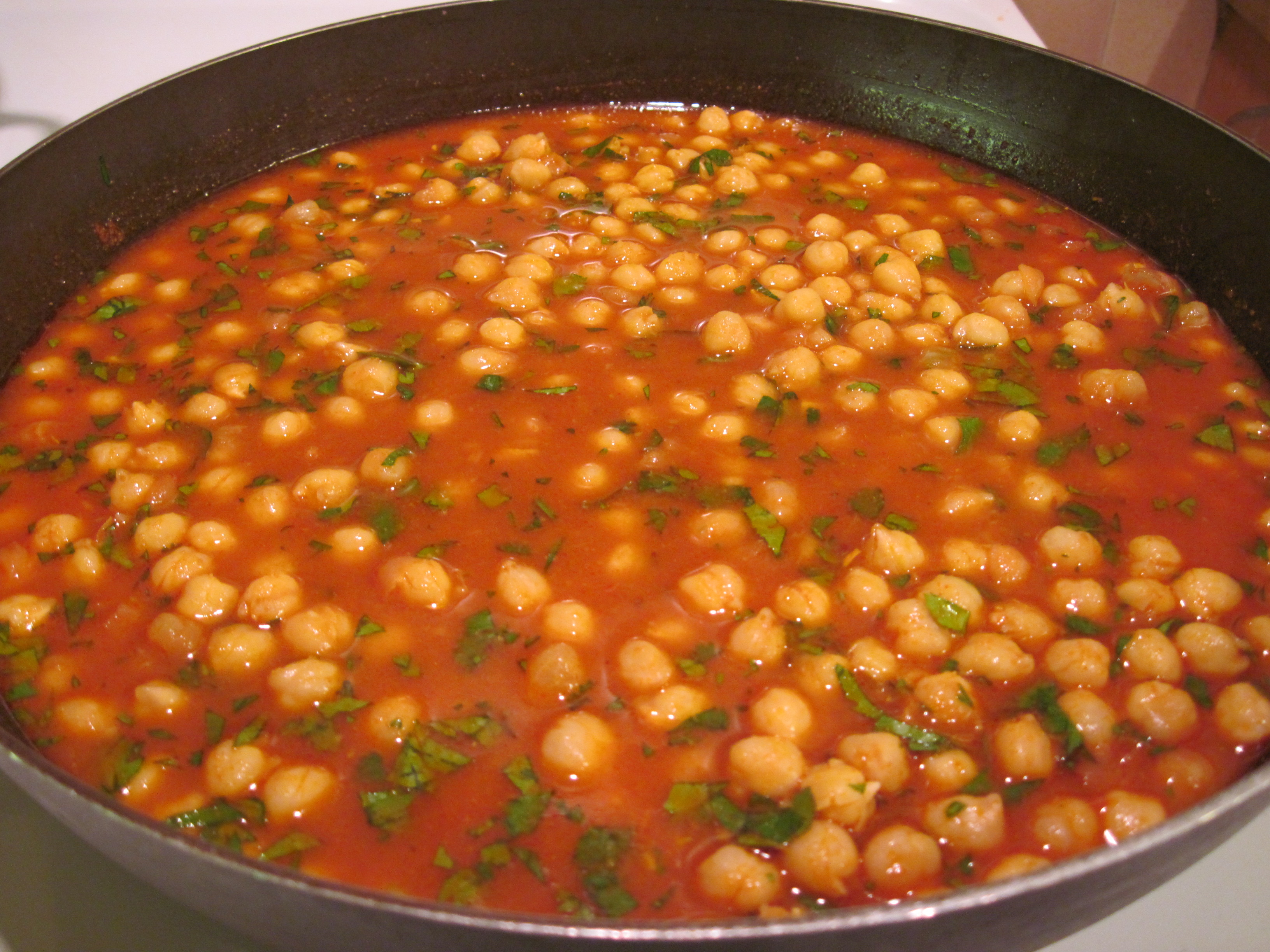 Chana Masala (Chickpeas with a Spicy Tomato Sauce)