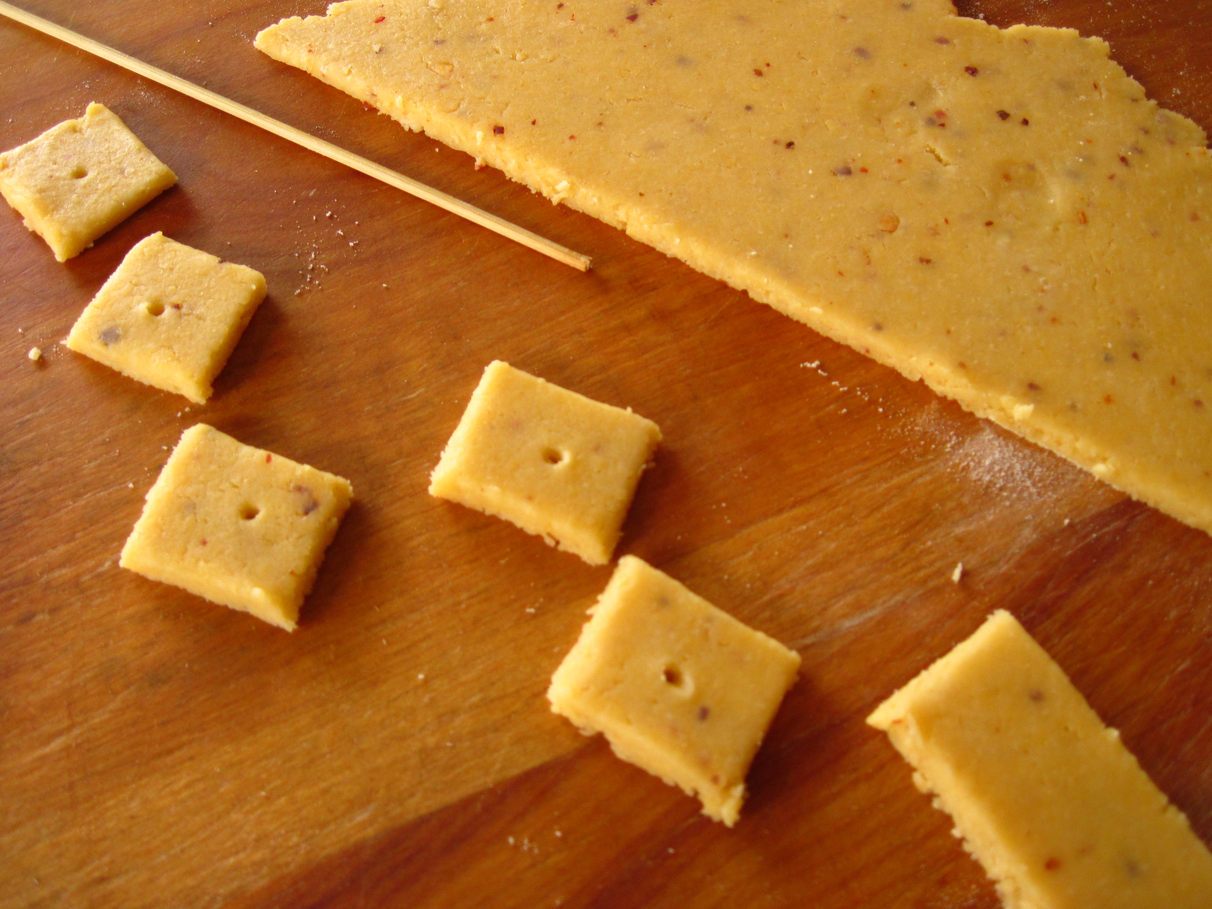 Melt-in-your-mouth Homemade Cheese Crackers! | In the ...
