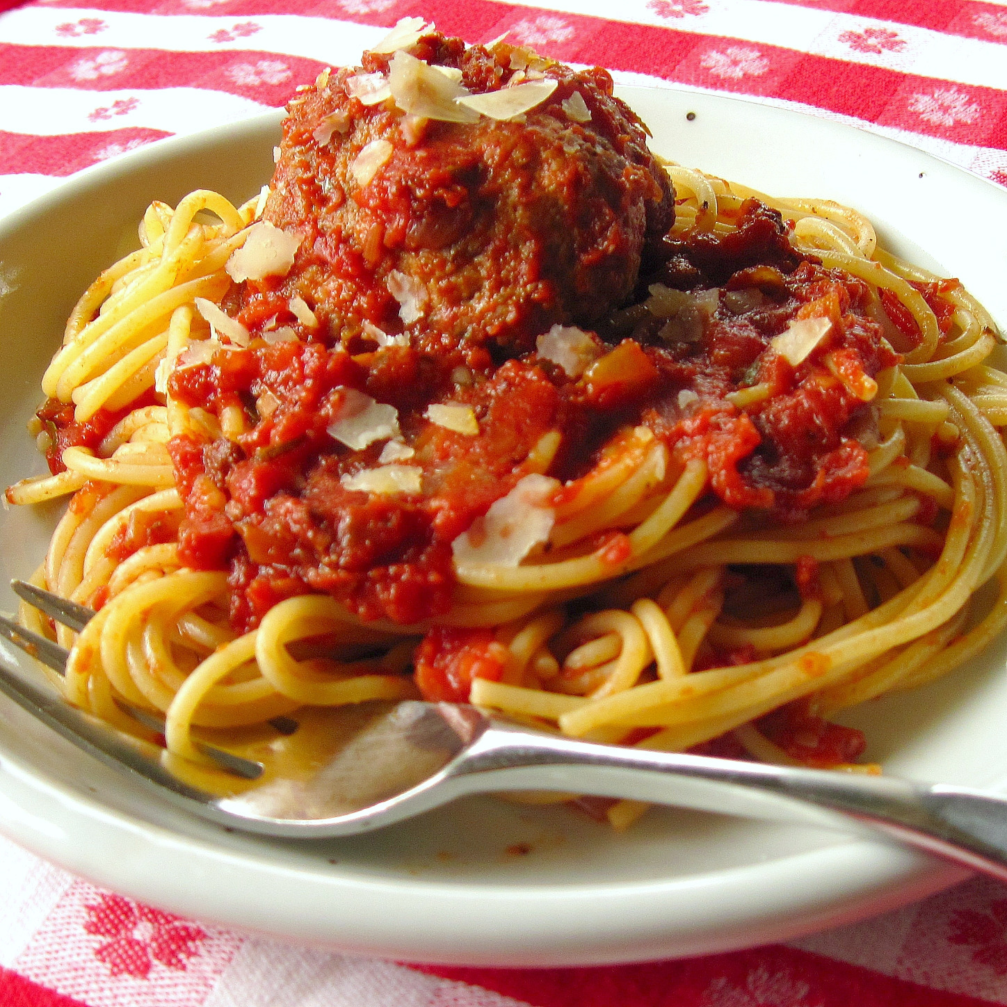 Spaghetti And Meatballs Images & Pictures - Becuo