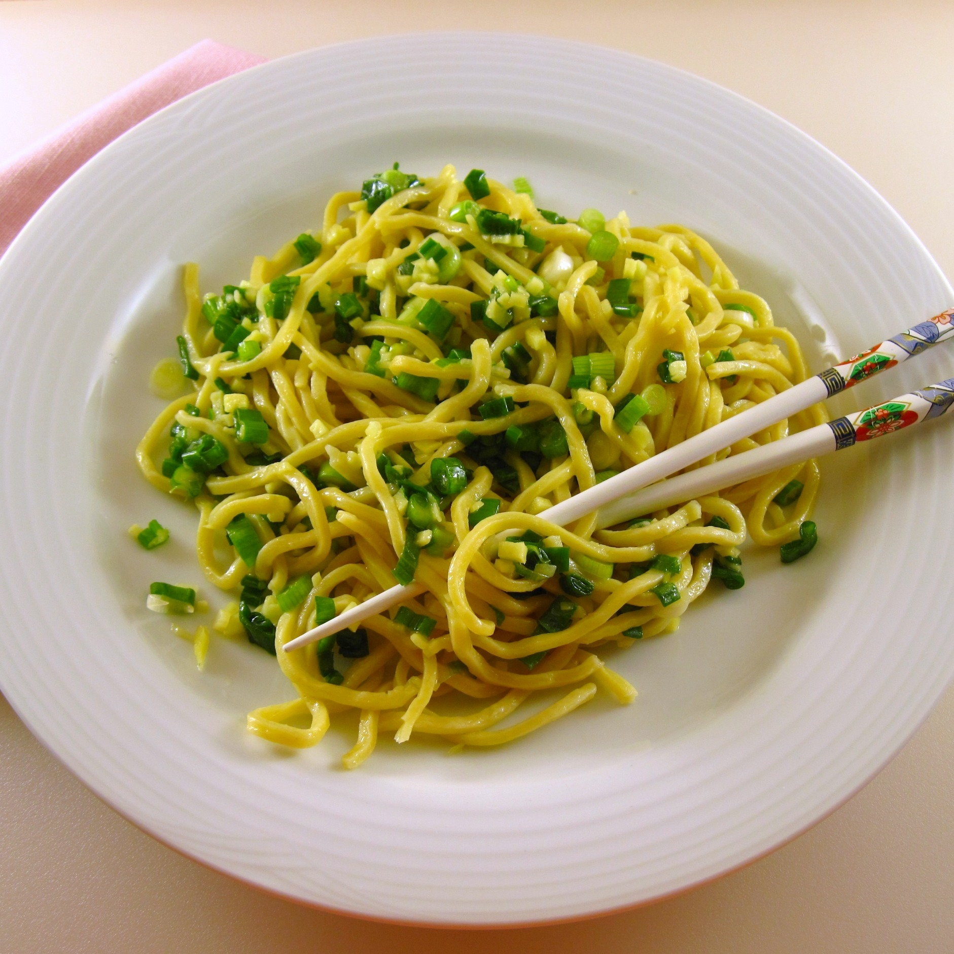 Ginger scallion sauce with noodles 2