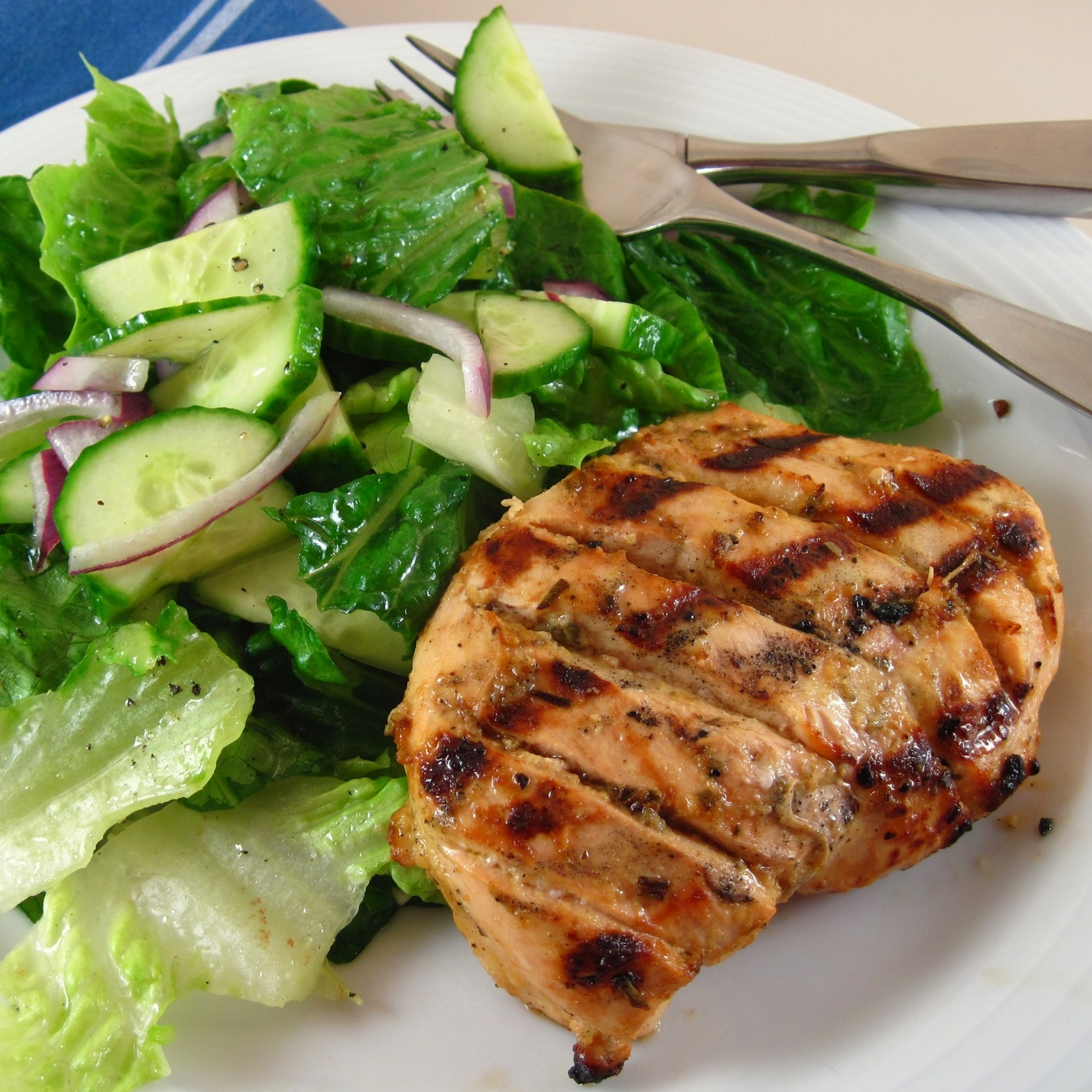 Perfectly Grilled Chicken Breasts with Lemon Zest, Garlic