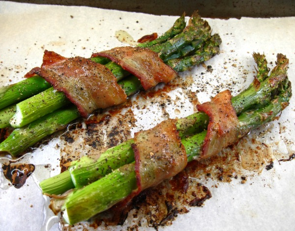 Roasted Asparagus Bundles Wrapped In Bacon In The