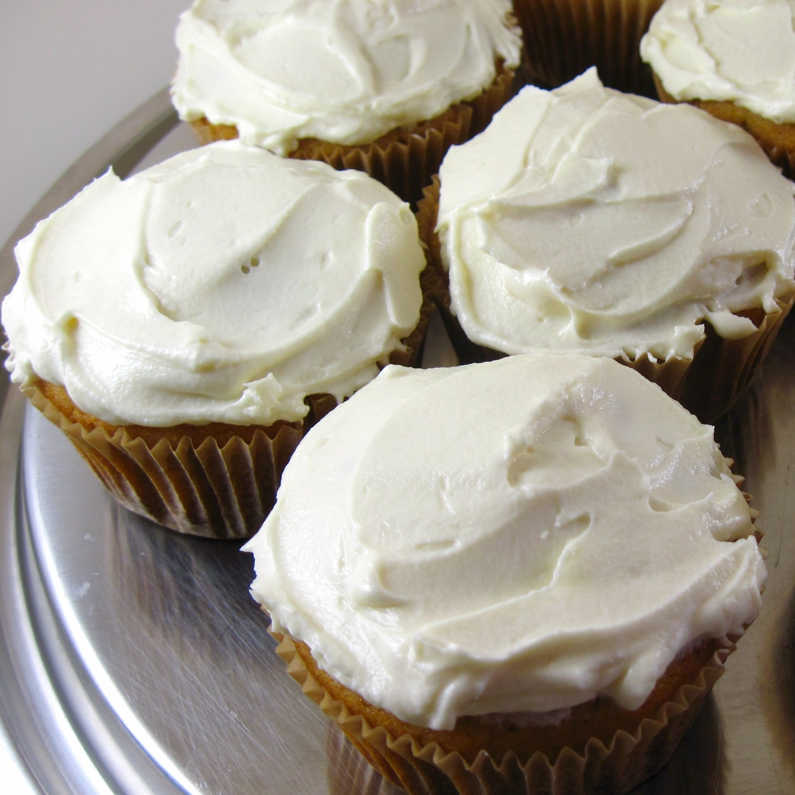 Vanilla cupcakes, frosted 2