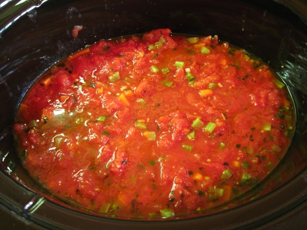 Tomato sauce in the slow cooker