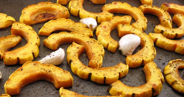 Roasted Delicata Squash with Garlic 2
