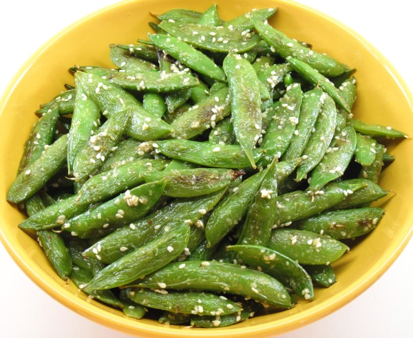 Quick-Roasted Sugar Snap Peas with Toasted Sesame Salt