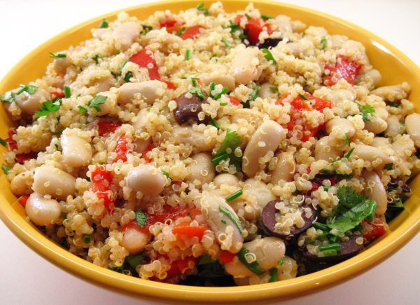 Quinoa, Roasted Pepper and Cannellini Bean Salad
