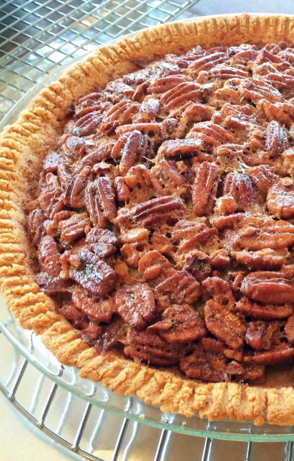 Pecan pie in an almond crust 2