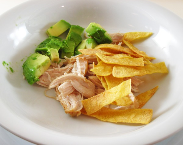 avocado, chicken and chips
