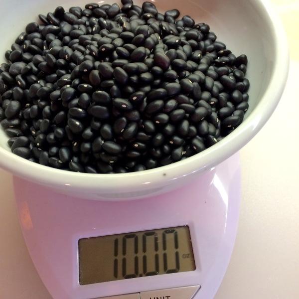10 oz. black beans.jpg