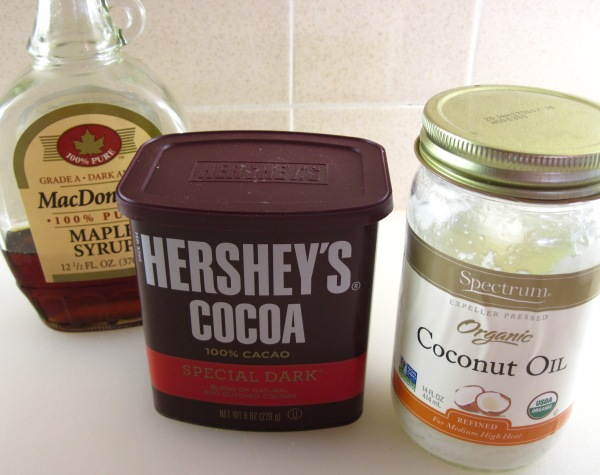 Ingredients for chocolate topping