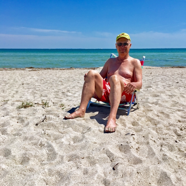 Bob at East Beach, Fort De Soto Park, Tierra Verde, FL)