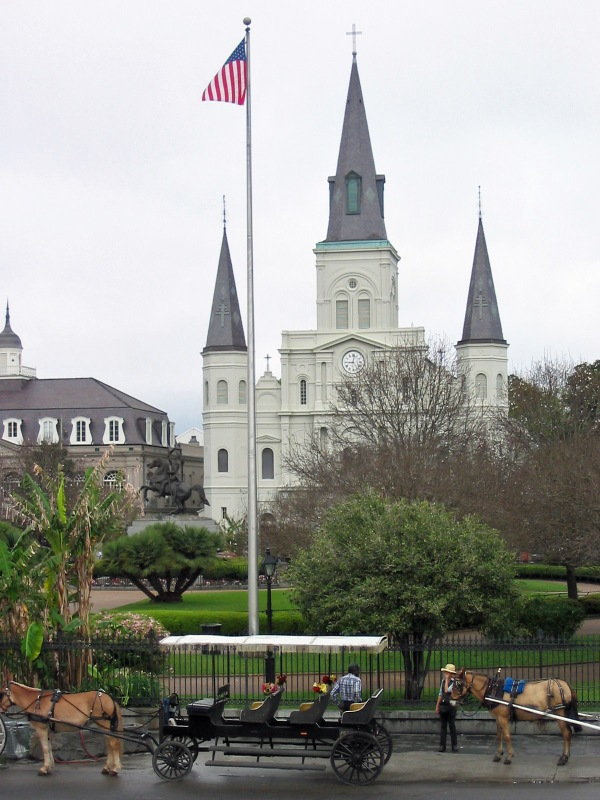 March 2005 photo of St. Louis Cathedral in Jackson Square