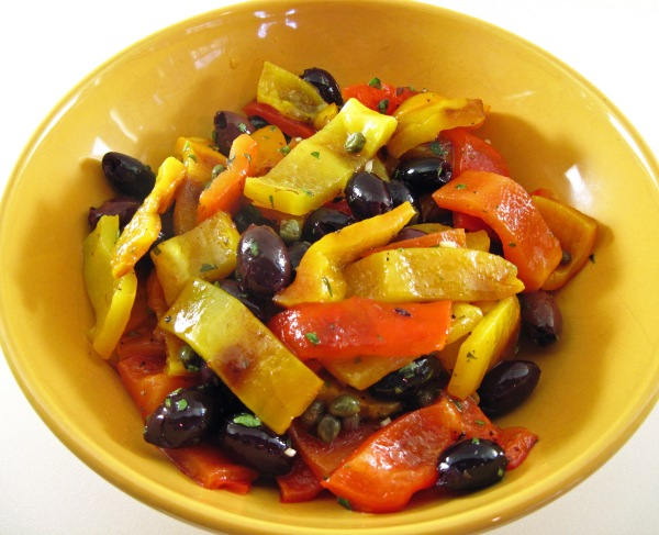 Tapas Salad with Grilled Bell Peppers