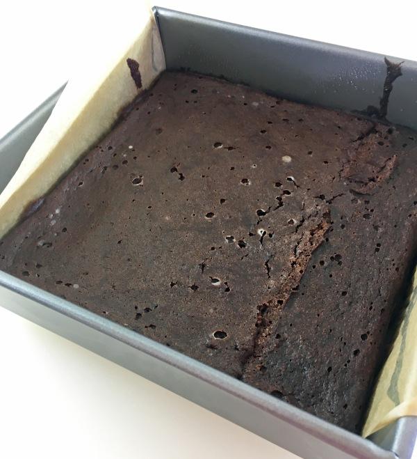 baked fudgy brownies
