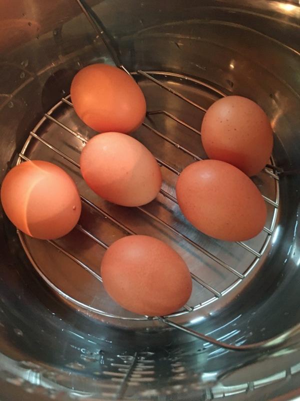 eggs on trivet