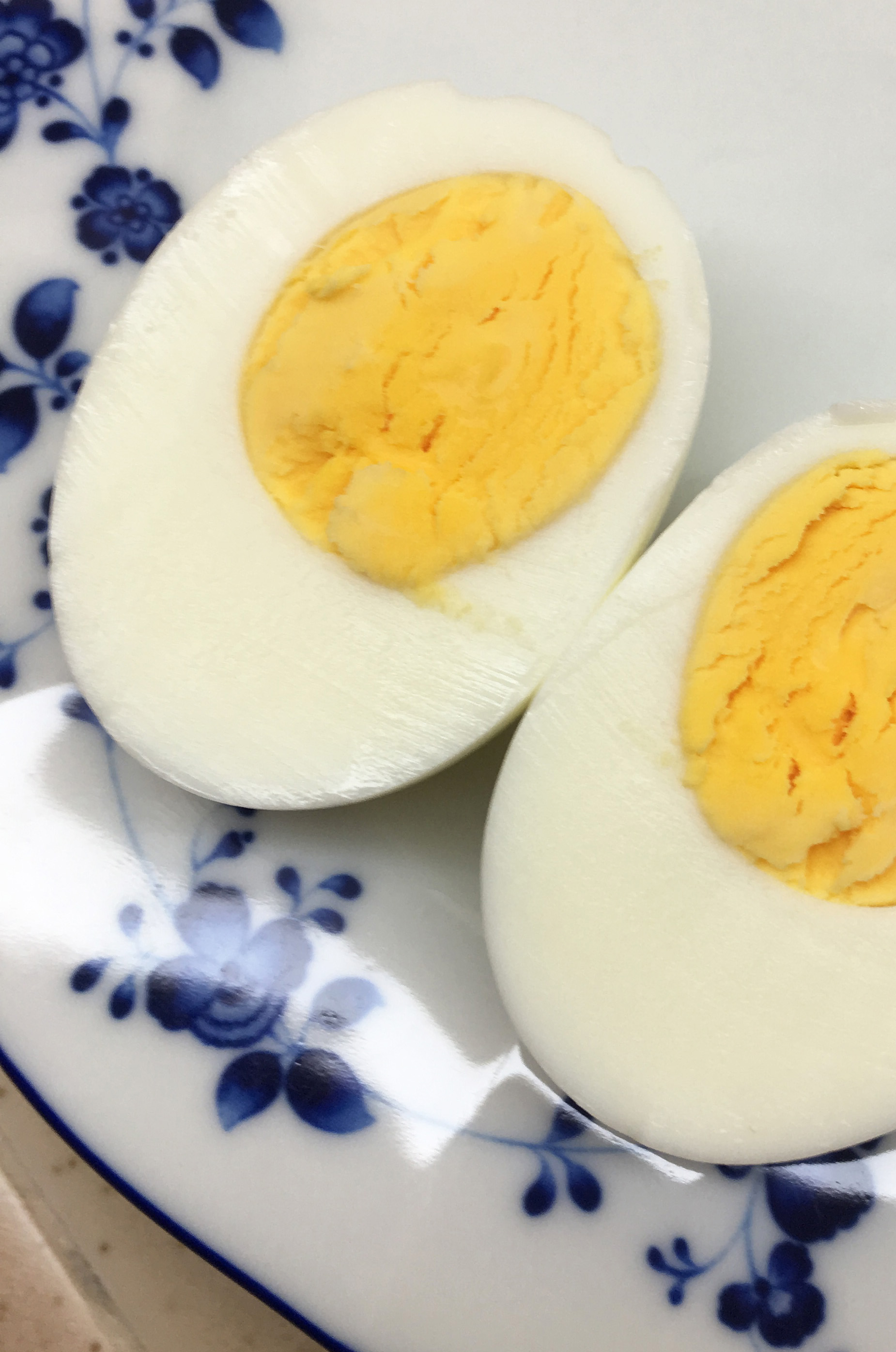 Instant Pot Hard-Cooked Egg